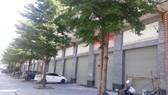 Loạt dự án shophouse 150 triệu/m2 trên tuyến Tố Hữu cửa đóng, bỏ hoang: Shophouse Him Lam Vạn Phúc giá đến 300 triệu đồng/m2 có cơ hội đầu tư sinh lời hay không?