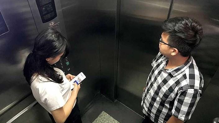 6 lưu ý để an toàn trong thang máy - 1