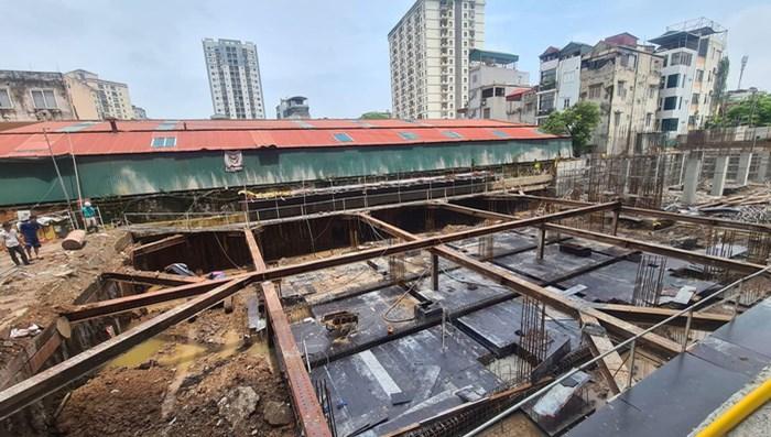 Hà Nội: Ồ ạt rao bán căn hộ chung cư khi dự án còn là bãi đất trống - 1