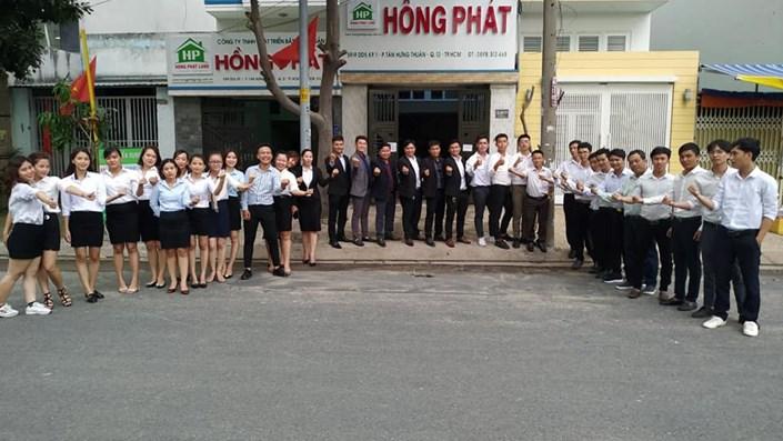 """Công ty Hồng Phát rao bán hàng loạt dự án ma, """"nhận vơ"""" ''họ hàng'' với Trần Anh Group  - 1"""