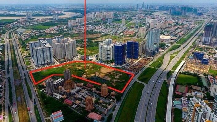 Mở bán từ lâu, nhiều dự án bất động sản ở TP.HCM vẫn chỉ là bãi đất trống - 1