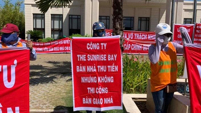 Nhà đầu tư đội nắng đấu tranh đòi quyền lợi tại dự án The Sunrisebay - NOVA Đà Nẵng - 1