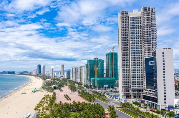 Giá bán condotel và biệt thự Đà Nẵng giảm mạnh do COVID-19 - 1