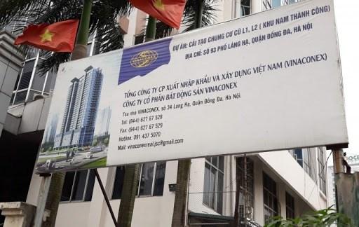 Thi công dự án Vinaconex 93 Láng Hạ: Thanh sắt đâm thủng mái nhà dân - 1