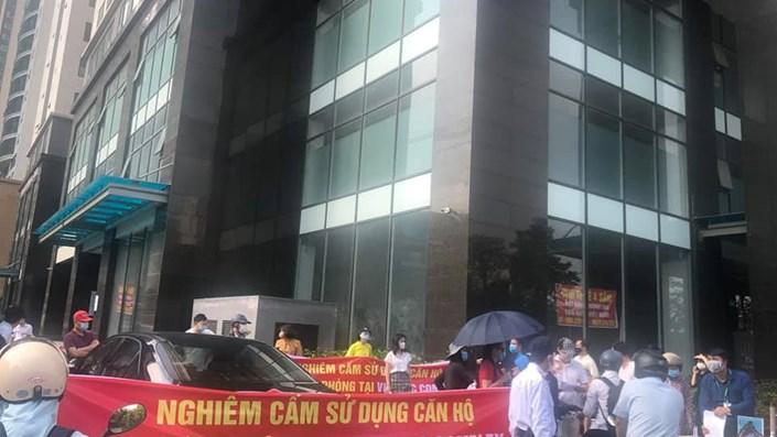 Cư dân Việt Đức Complex phản đối CĐT cho thuê căn hộ làm văn phòng vì lo ngại nguy cơ lây nhiễm Covid-19 - 1