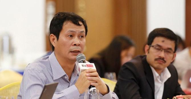 Ông Đặng Văn Quang (người cầm micro), Giám đốc JLL tại Việt Nam.