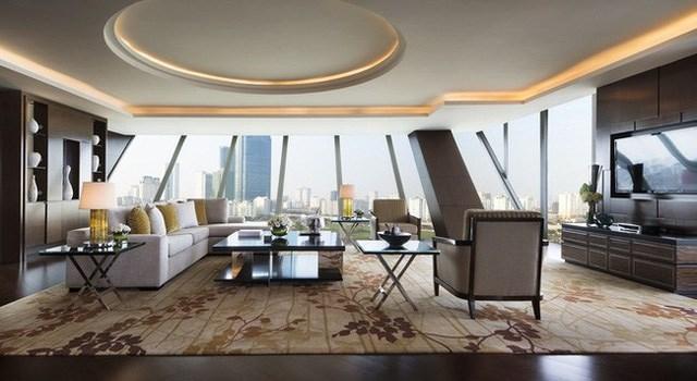 Phòng tổng thống bên trong khách sạn có tổng diện tích 320 m2, bên trong có 8 phòng riêng biệt.