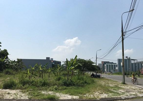 Khu vực được rao là khu dân cư nam Cẩm Lệ và 121 lô đất mặt tiền đường Đô Đốc Lân - Ảnh: ĐOÀN CƯỜNG
