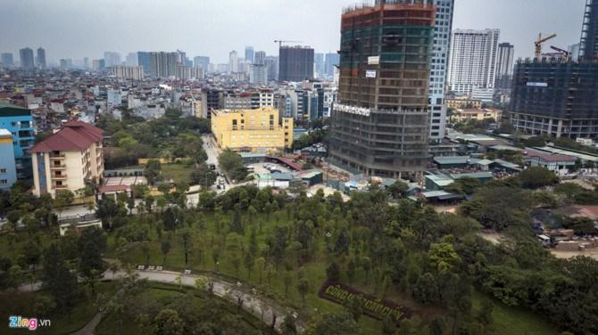 Anh Trần Sáng, đại diện cư dân khu vực Dịch Vọng, cho biết từ những điểm bất hợp lý, người dân mong muốn không triển khai dự án, tránh phá vỡ quy hoạch và cảnh quan công viên Cầu Giấy.