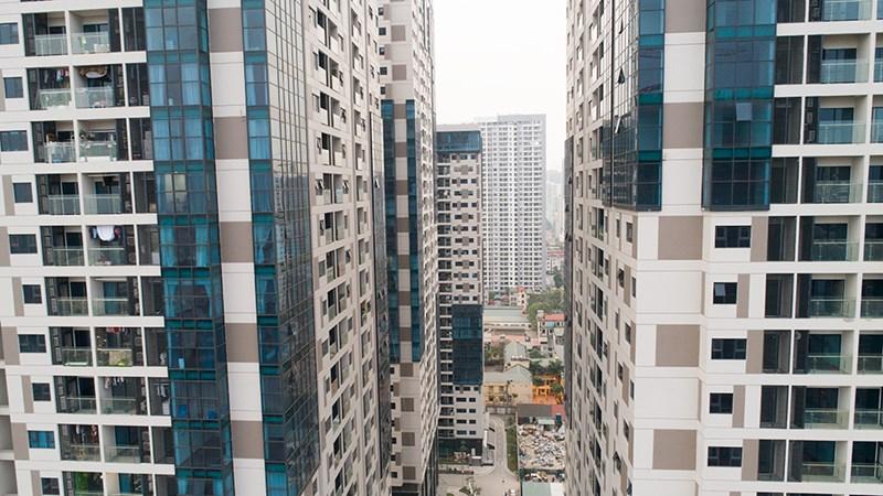Theo thống kê của Hội Môi giới BĐS Việt Nam, tính riêng trong năm 2018, tổng nguồn cung căn hộ chung cư ở Hà Nội là hơn 39.000 căn, chiếm tỷ trọng lớn nhất trong các sản phẩm BĐS cung cấp cho thị trường. Theo dự báo mới đây của Savills Việt Nam, năm 2019, thị trường chung cư ở Hà Nội dự kiến đón nhận nguồn cung khoảng 41.300 căn. Với sự tăng trưởng của thị trường căn hộ chung cư hiện nay, các chuyên gia BĐS và kiến trúc đánh giá áp lực giao thông ở Hà Nội ngày càng tăng.