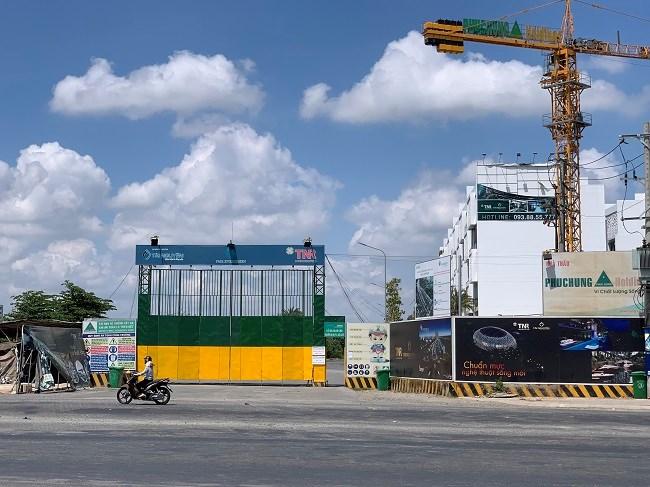 Dự án chung cư cao tầng Sky Villa thuộc dự án Giai đoạn 1- Khu dân cư mới phức hợp đa chức năng (TNR EVERGREEN) tọa lại tại đường Nguyễn Lương Bằng, phường Phú Mỹ, Quận 7 có diện tích 9.099 m2 do Công ty TNHH Xây dựng Sản xuất Thương mại Tài Nguyên làm chủ đầu tư.