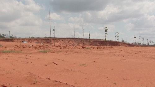 Nhiều người từ các tỉnh, thành đến xã Thiện Nghiệp tìm mua đất khiến giá bị đẩy cao, gây mất an ninh, trật tự trên địa bàn
