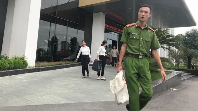 Giao dịch bất động sản bình thường tại dự án Thanh Hà Cienco5 trong buổi sáng nay  Ảnh Lê Quân