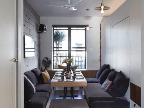 Chỉ cần thay đổi một chút là phòng khách lập tức biến thành phòng ăn. Kiến trúc sư tin rằng, căn hộ chỉ 32m2 nhưng có chức năng gấp đôi diện tích của nó. (Ảnh: Business Insider)