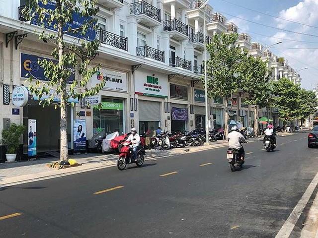 Nhiều khách thuê nhanh chóng chuyển khỏi các căn shophouse do không kinh doanh được