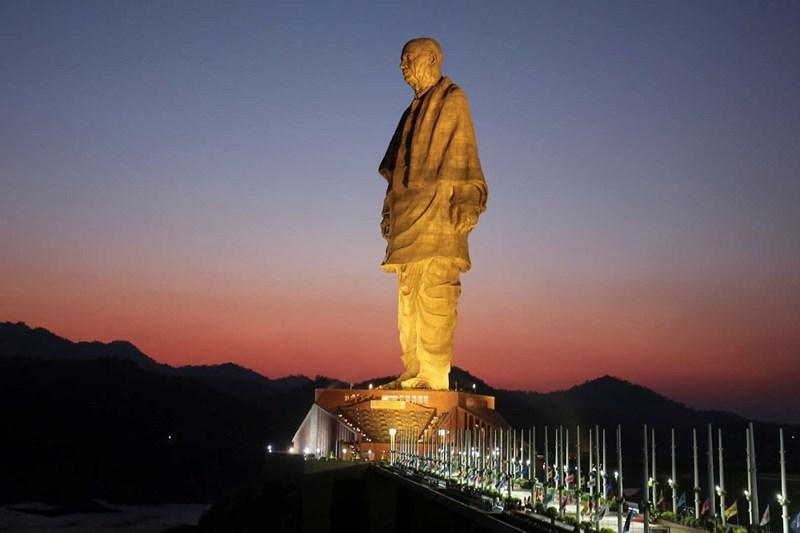Bức tượng cao nhất Thế giới - Tượng thống nhất tại Kevadiya, Ấn độ 182m