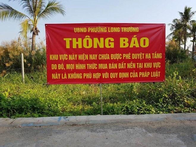 UBND phường Long Trường cảnh báo dự án
