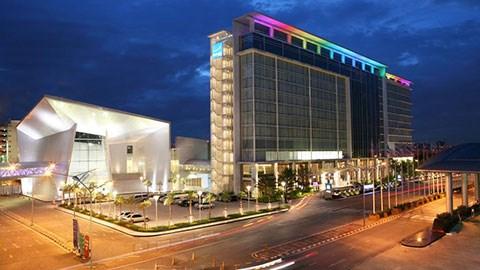 Khách sạn Novotel Impact - nơi thầy trò Park Hang-seo nghỉ ngơi và chuẩn bị cho trận đấu sắp diễn ra.