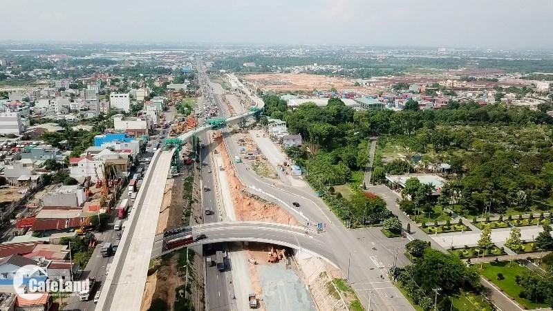 Tuyến metro số 1 ì ạch tiến độ nhưng tác động không nhỏ đến sự tăng giá của nhà đất quanh khu vực