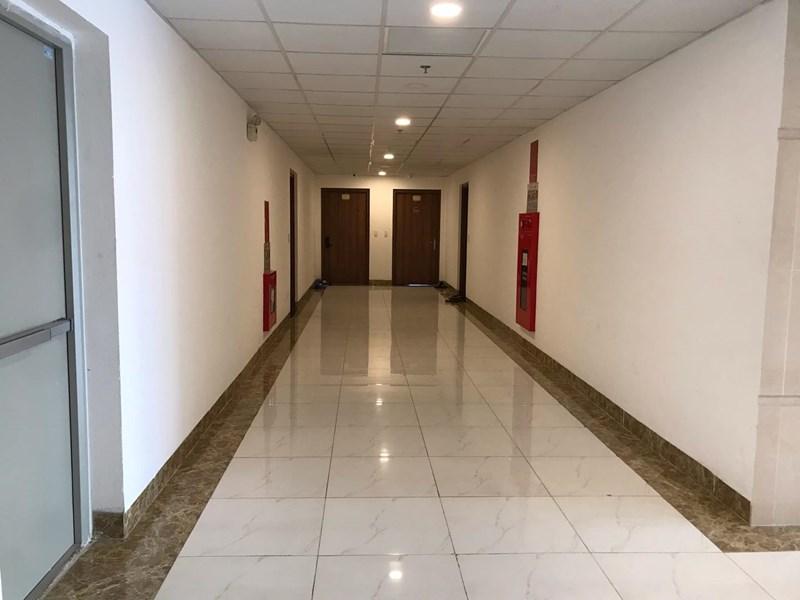 Hành lang căn hộ khu nhà ở quân đội K35 Tân Mai.