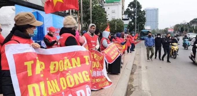 """Cư dân TNR Star Đồng Văn """"kêu cứu"""", biểu tình tố chủ đầu tư """"lừa đảo"""", chiếm đoạt tài sản? - Ảnh 3"""