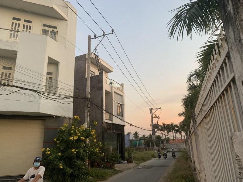 """Đồng Nai: Khách hàng treo băng rôn đòi """"sổ hồng"""" tại dự án Biên Hòa Riverside - Ảnh 4"""