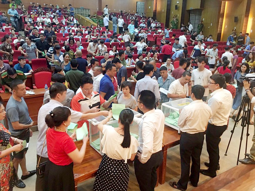 Những năm gần đây, các phiên đấu giá đất tại Bắc Giang luôn thu hút nhiều người tham gia.
