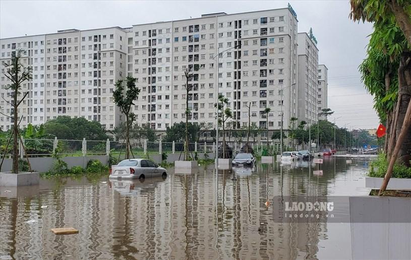 Cư dân KĐT Ecohome 3 tá hỏa khi mua phải căn hộ mỗi khi mưa xuống đường biến thành sông - Ảnh 2