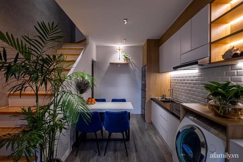 Không gian tầng 1 được bố trí khu vực bếp nấu, nơi ăn uống và phòng vệ sinh.