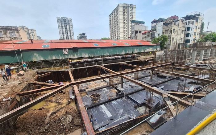 Hà Nội: Ồ ạt rao bán căn hộ chung cư khi dự án còn là bãi đất trống - Ảnh 1