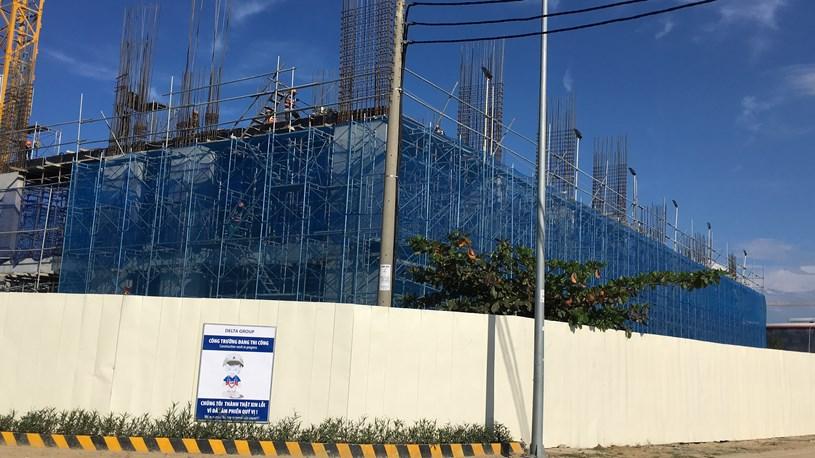 Dự án căn hộ FPT Plaza của Công ty CP Đô thị FPT Đà Nẵng đang xây dựng. (Ảnh: Chu Lai).