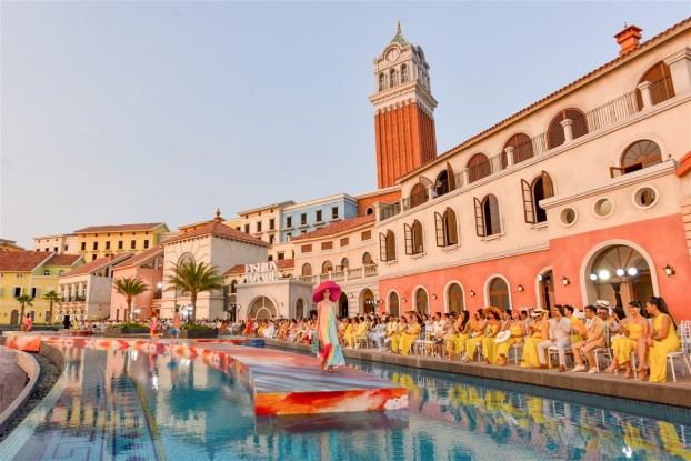 Sun Premier Village Primavera như bức tranh Địa Trung Hải đẹp ngoạn mục bên bờ biển Nam đảo Ngọc