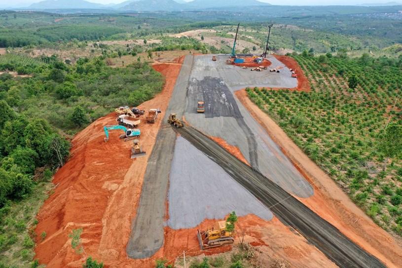 Nhà máy điện gió lớn nhất Việt Nam do Trung Nam Group đầu tư hiện đang có gì? - Ảnh 10