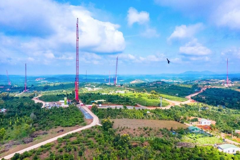 Nhà máy điện gió lớn nhất Việt Nam do Trung Nam Group đầu tư hiện đang có gì? - Ảnh 14