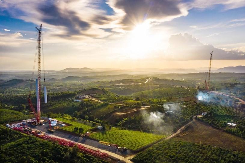 Nhà máy điện gió lớn nhất Việt Nam do Trung Nam Group đầu tư hiện đang có gì? - Ảnh 16