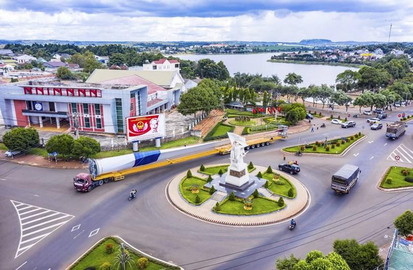 Nhà máy điện gió lớn nhất Việt Nam do Trung Nam Group đầu tư hiện đang có gì? - Ảnh 7