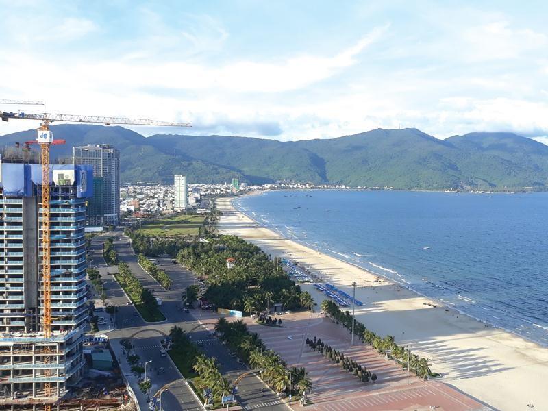 Thị trường BĐS nghỉ dưỡng Đà Nẵng được dự báo sẽ chịu tác động sớm nhất từ việc du khách hủy đặt phòng cho tháng 8 và tháng 9. (Ảnh: Báo Đầu tư)