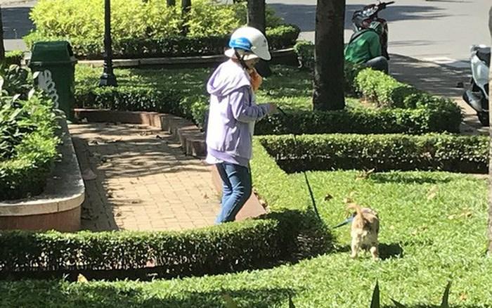 Độ lỳ lợm của người hàng xóm nuôi chó - Ảnh 1