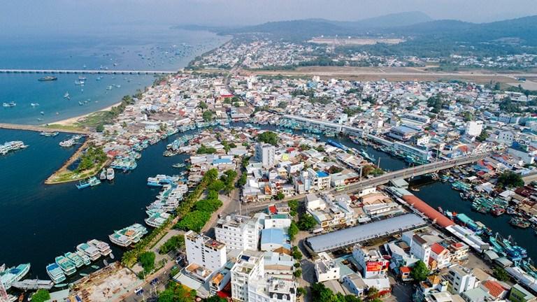 Thành phố Phú Quốc sau khi thành lập có diện tích tự nhiên là 575,29 km2. (Ảnh: kiengiang.gov.vn)