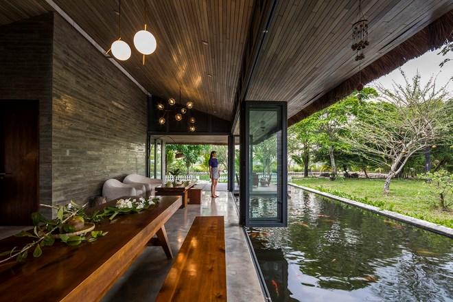 Giám đốc marketing về miền Tây xây biệt thự nhà vườn hệt như một ốc đảo riêng tư, có cả hồ cá Koi ngắm mà ghen tị - Ảnh 13