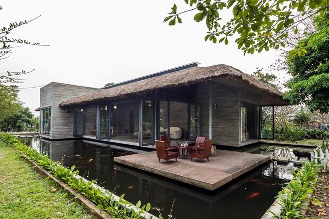 Giám đốc marketing về miền Tây xây biệt thự nhà vườn hệt như một ốc đảo riêng tư, có cả hồ cá Koi ngắm mà ghen tị - Ảnh 3