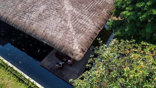 Giám đốc marketing về miền Tây xây biệt thự nhà vườn hệt như một ốc đảo riêng tư, có cả hồ cá Koi ngắm mà ghen tị - Ảnh 4