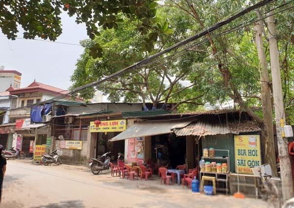 Khu đất rộng hàng nghìn m2 tại phường Mễ Trì đã giao cho Công ty TNHH MTV Du lịch Công đoàn Việt Nam làm nhà ở để bán nhưng sau hơn 10 năm vẫn chưa giải phóng mặt bằng. Ảnh: Thanh tra.