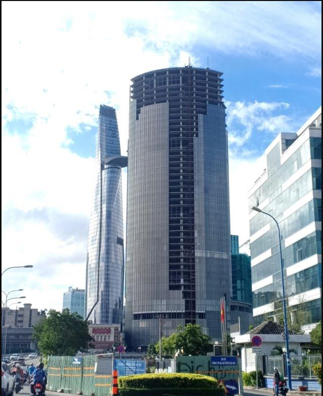 Dự án có vị trí sát sát sông Sài Gòn,cạnhtoà tháp Bitexco, biểu trượng của TP.HCM