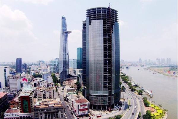 """Siêu dự án Saigon One Tower dù sở hữu vị trí """"kim cương"""" đắc địa bậc nhất TP. HCM nhưng đã bị bỏ hoang nhiều năm qua. Ảnh: Tiến Tân"""