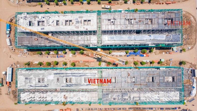 """""""Đột nhập"""" đại công trường Vinhomes Grand Park xem tiến độ xây dựng Phân khu thấp tầng The Manhattan có giá 30 tỷ/căn - Ảnh 9"""