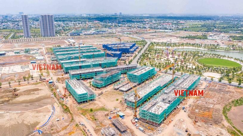 """""""Đột nhập"""" đại công trường Vinhomes Grand Park xem tiến độ xây dựng Phân khu thấp tầng The Manhattan có giá 30 tỷ/căn - Ảnh 18"""