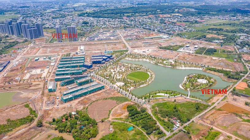 """""""Đột nhập"""" đại công trường Vinhomes Grand Park xem tiến độ xây dựng Phân khu thấp tầng The Manhattan có giá 30 tỷ/căn - Ảnh 16"""