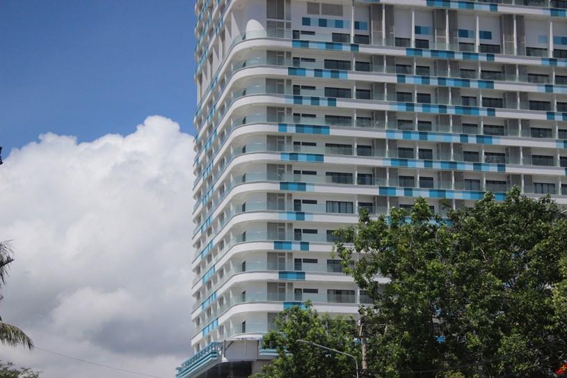 Cận cảnh tòa nhà cao nhất Bình Định sau nhiều lần được điều chỉnh qui hoạch - Ảnh 4