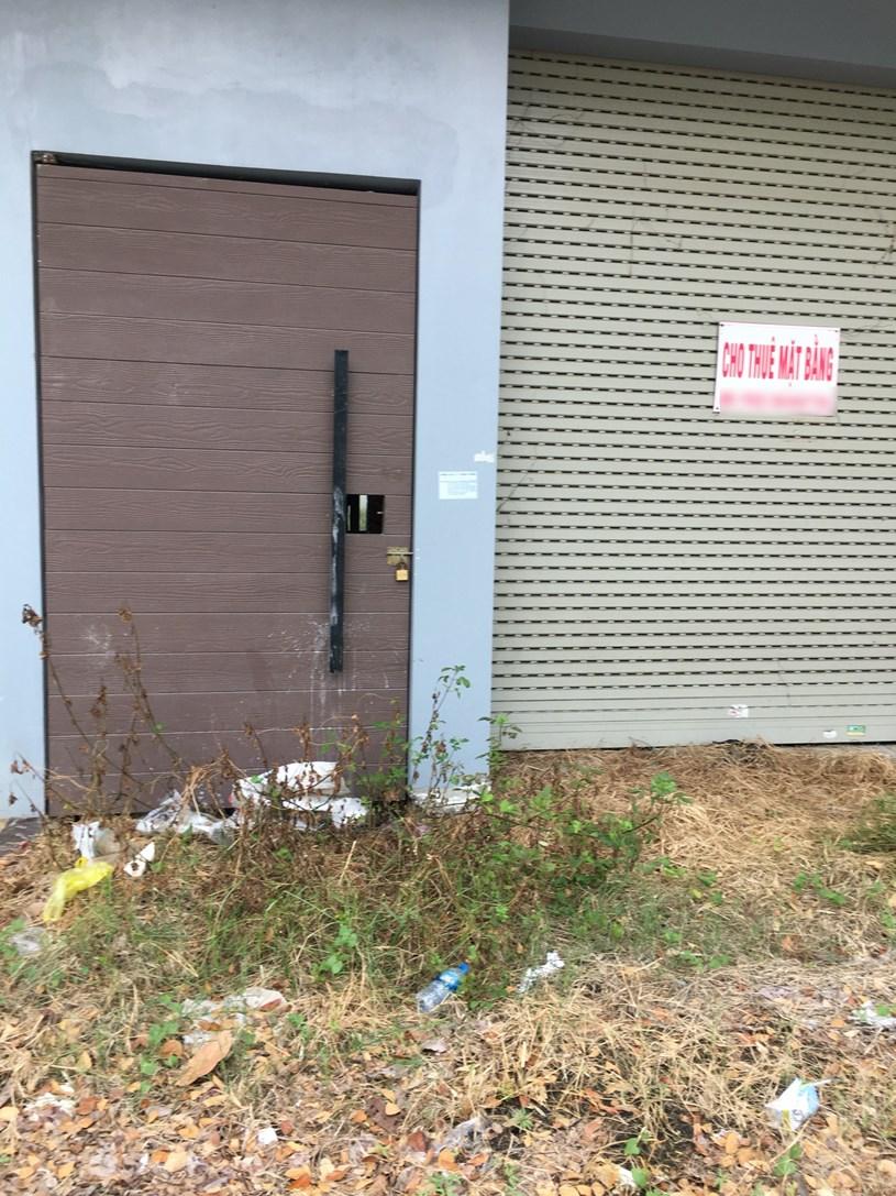 [PhotoStory] Hàng trăm căn shophouse ở Đà Nẵng ế ẩm, bỏ hoang - Ảnh 3